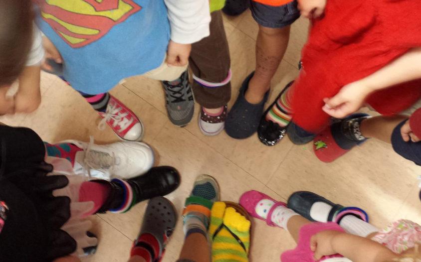 preschool-mismatched-shoes